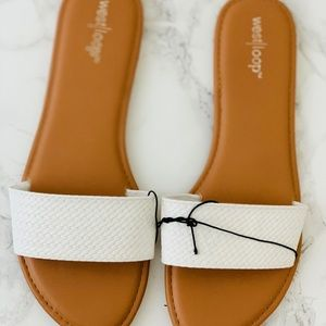 Shoes - White Sandals One Strap